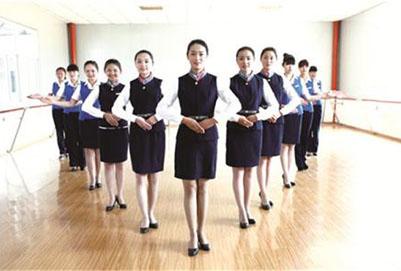 新闻资讯 招生问答      选拔空姐可以说给选拔气质美女一样,很多空姐